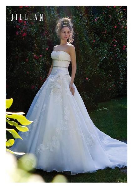 Abiti Da Sposa Jillian.Jillian 2014 Gd Couture Sposa Bari A Bari Atelier Di Abiti Da